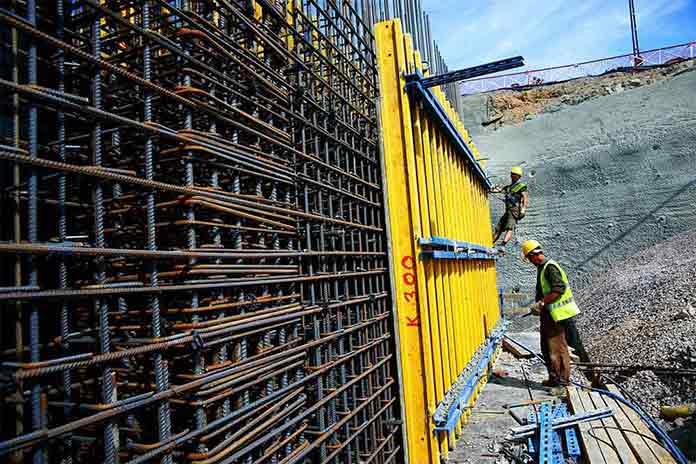 Using of concrete molds used at the phase of on-site production of reinforced concrete bearing systems.