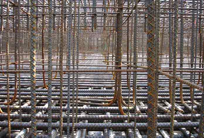 Mesh reinforcement steel using on the construction site
