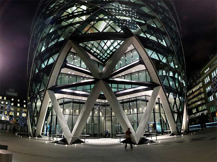 The Gherkin, a product of biomimicry architecture, that designed by inspiring from the venus flower basket sponge